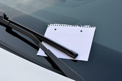 Scheibenwischerwerbung am Auto – unerwünscht und unzulässig nach § 7 UWG