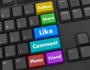 """Facebook-Gruppen nichts weiter als ein """"Kaffeeklatsch oder ein Kneipentreffen im Internet"""""""