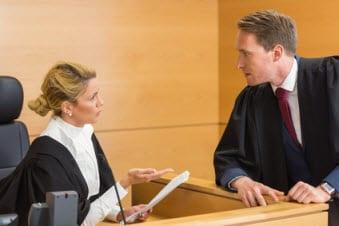 """Das Problem richterlicher Praxishinweise am Beispiel der """"Kohl-Protokolle"""": Hätte ein Auskunftsantrag gem. § 101a UrhG eine effektivere Rechtsdurchsetzung ermöglicht?"""