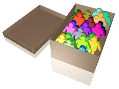 eine Schachtel neuer Mitarbeiter (oder alter, zum Entsorgen)