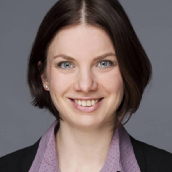 Dr. Andrea Struwe