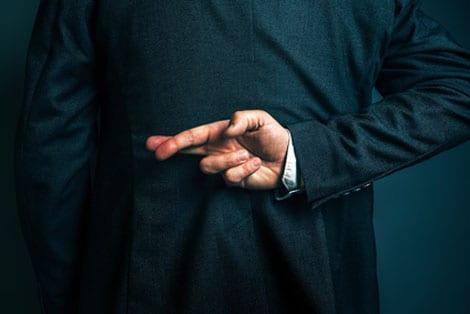 Unwahre Behauptungen im Internet – Autor muss auf Löschung hinwirken