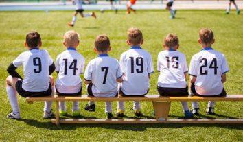 Beitragsreihe Sportrecht: Der Ausrüstervertrag mit minderjährigen Sportlern