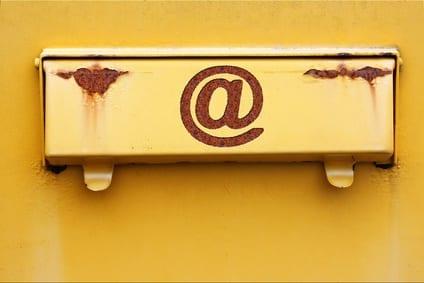 Google E-Mail Kommunikation Impressum