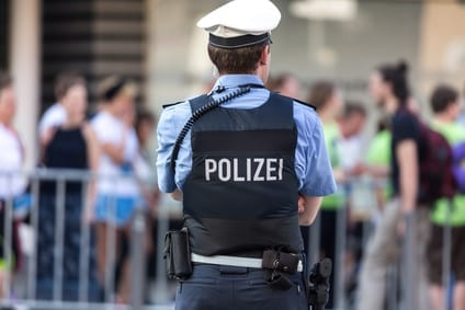 VG Dresden: Presserechtlicher Auskunftsanspruch bezüglich einesverurteilten Polizisten