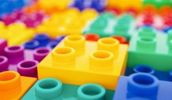 Lego gegen Held der Steine: Wenn ein Abmahnschreiben zum PR-Desaster wird