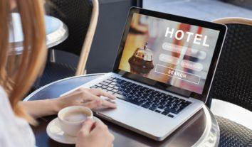Hotelbetreiber dürfen auf eigener Internetseite keine günstigeren Preise als auf Buchungsportalen anbieten
