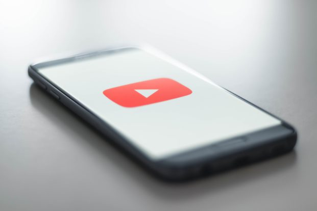 EuGH: Online-Plattformen wie YouTube müssen bei Urheberrechtsverletzungen nur Postanschrift herausgeben
