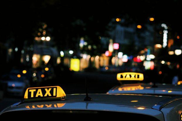 """""""Mytaxi""""-App darf keine Fahrten an ortsfremde Fahrer vermitteln"""