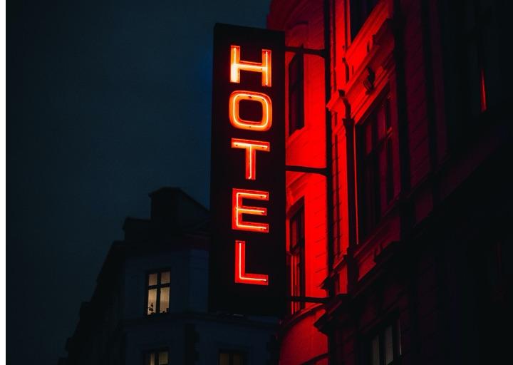 Negative Hotel-Bewertung löschen – Sofortberatung
