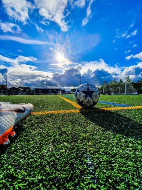 Ehemaliger Bundesligaspieler darf von Beratungsfirma Auskunft über erhaltene Provision verlangen
